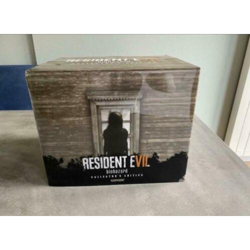 Resident Evil 7 Collectors Editie + game + extras